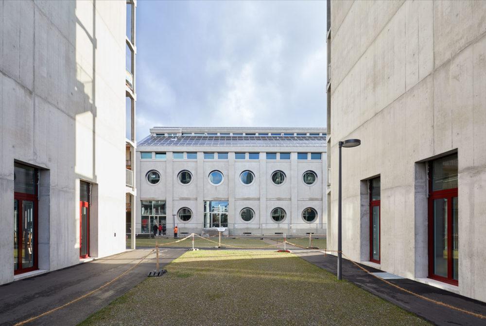 Stiftung Habitat: Silo Signalstrasse, Umbau: Harry Gugger Studio